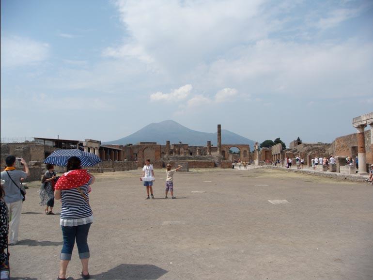 Pompeii, Last Days of Pompeii, Classic Movie, (directors Ernest B. Schoedsack, Merian C. Cooper