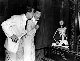 Jerry Lewis as Myron Mertz and Dean Martin as Larry Todd in Scared Stiff