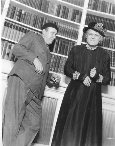 Tod Browning with Lionel Barrymore in The Devil Doll