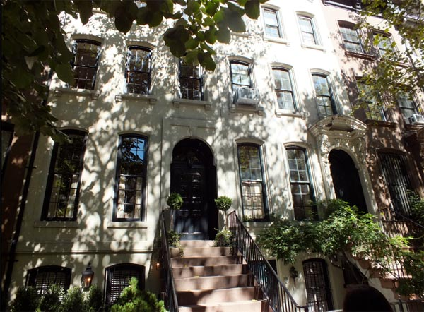 TCM On Location NYC Classic Film Tour Holly Golightly Breakfast at Tiffany's House