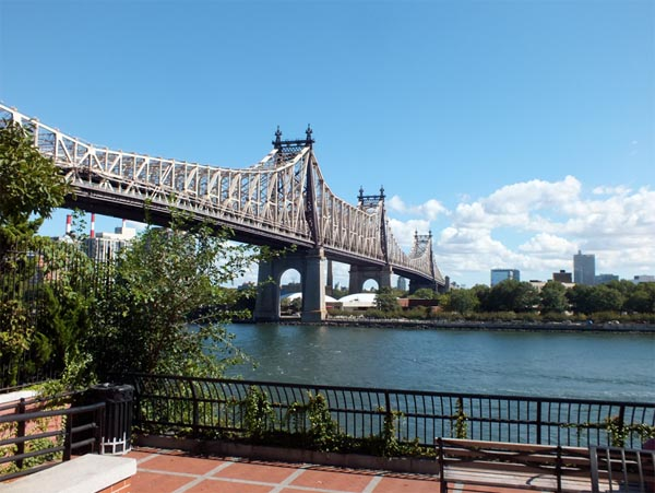 TCM On Location NYC Classic Film Tour Queensboro Bridge site from Woody Allen film Manhattan