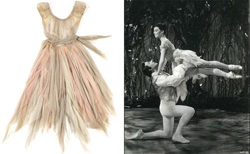 A LESLIE CARON COSTUME FROM THE GLASS SLIPPER TCM Bonham's Auction