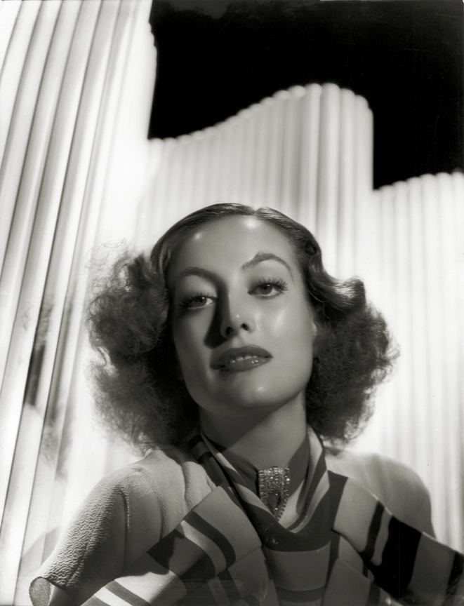 Joan Crawford 1934 by Hurrell. [photo: George Hurrell's Hollywood (Running Press)]