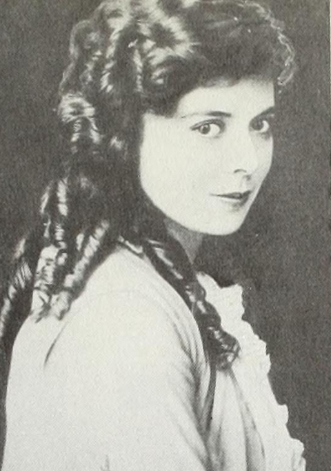 lottie pickford