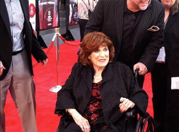 Maureen O'Hara TCM Film Festival 2014 Red Carpet 2, Classic Movie Hub