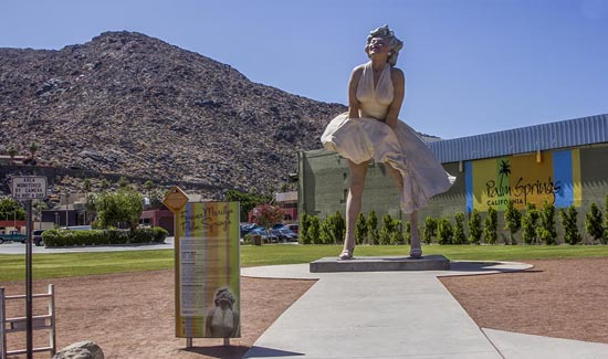 Forever Marilyn statue by Seward Johnson celebrates Marilyn Monroe's Seven Year Itch subway grate pose