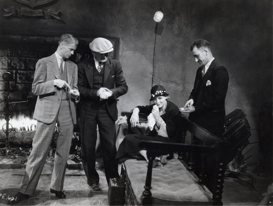 James Whale and Gloria Stuart behind the scenes --the old dark house