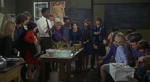 Sidney Poitier, To Sir With Love, teaching students how to cook