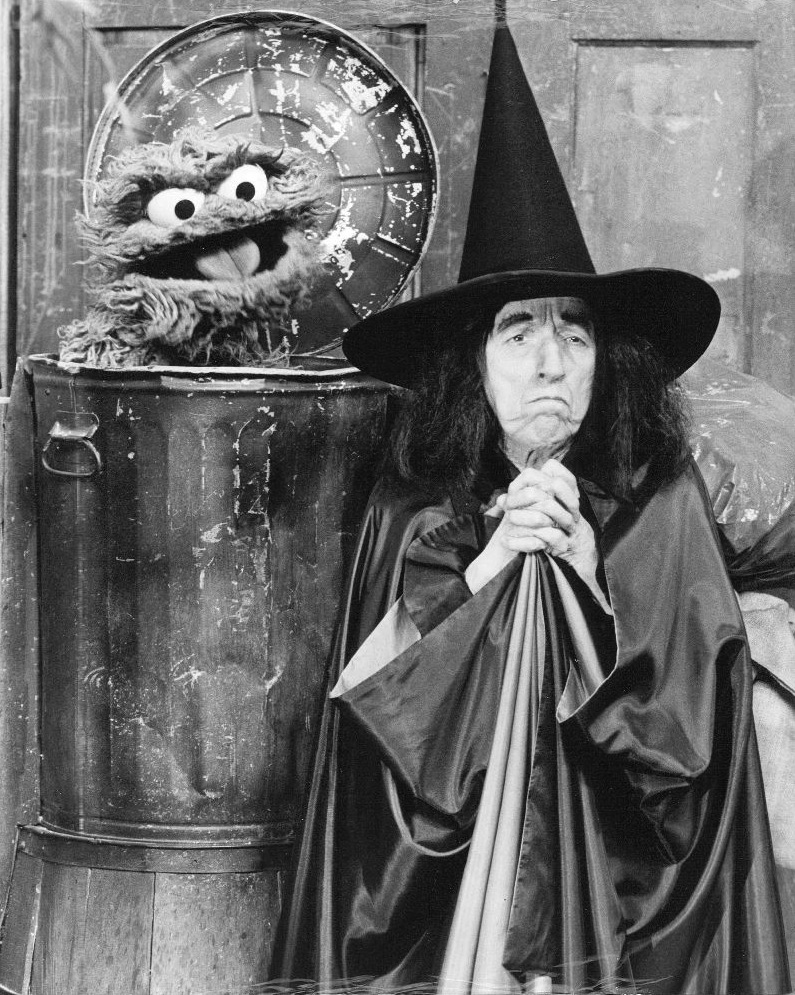 Margaret Hamilton and Oscar the Grouch, Wicked Witch of the West