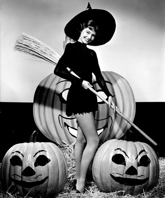 Cyd Charisse Halloween