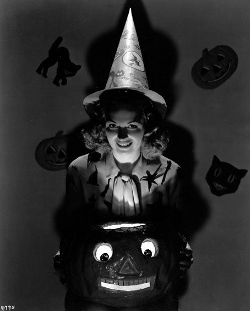 Donna Reed Halloween