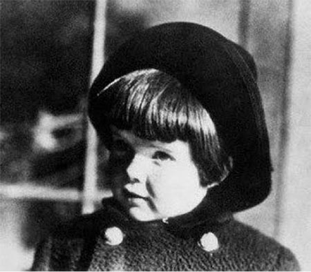 Katherine Hepburn as a young child