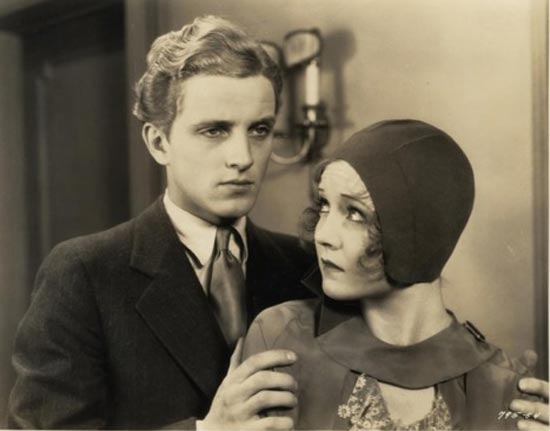 Nancy Carroll and Phillips Holmes in The Devil's Holiday