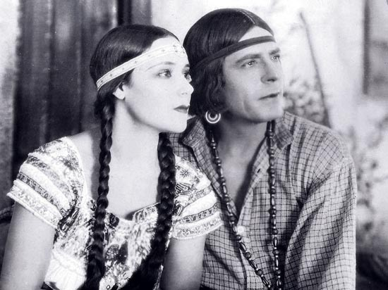 Dolores Del Rio and Warner Baxter in Ramona