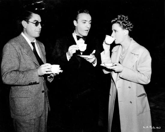 Leo McCarey, Irene Dunne, Charles Boyer, Love Affair 1939 drinking coffee behind the scenes