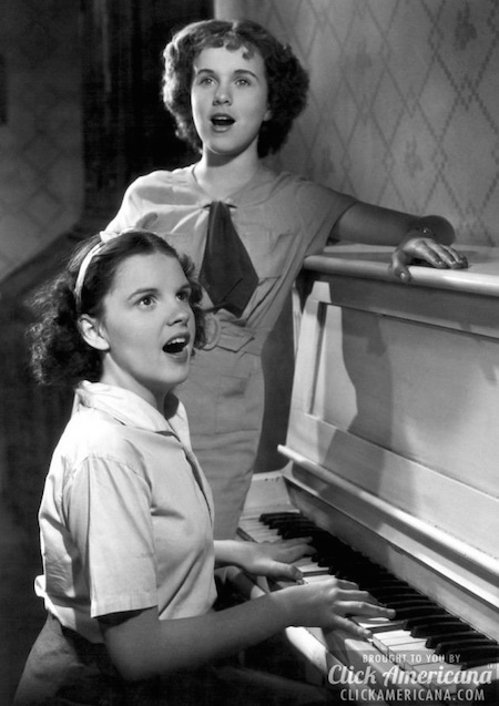 Deanna Durbin and Judy Garland in 1935