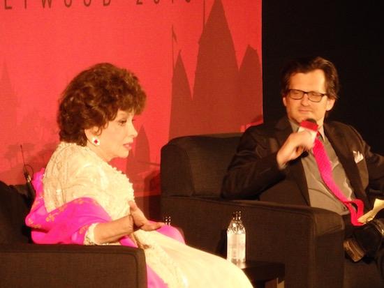 Gina Lollobrigida and Ben Mankiewicz at the screening of Buona Sera Mrs Campbell TCMFF 2016; photo credit: Annmarie Gatti for Classic Movie Hub; (c) 2016 Classic Movie Hub
