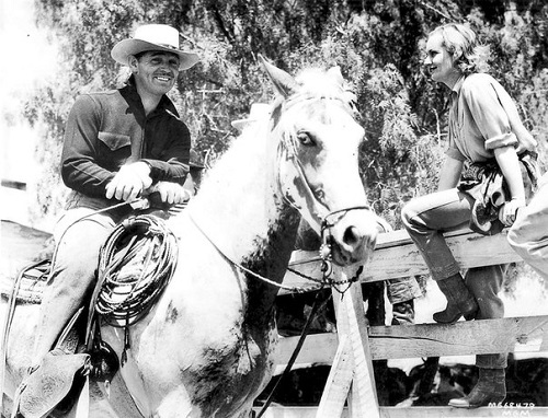 clark gable and carol lombard with horses