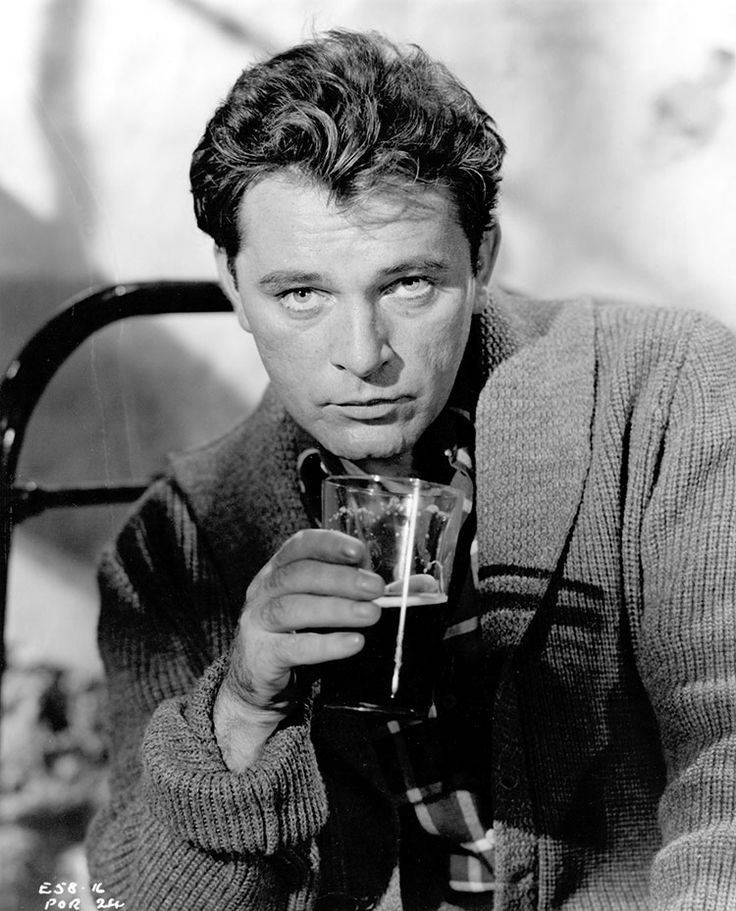 Richard Burton drinking 3