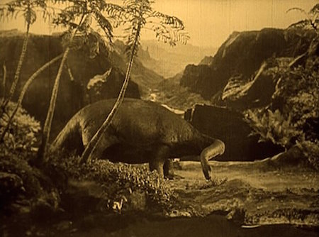 The Lost World 1925 film, dinosaur