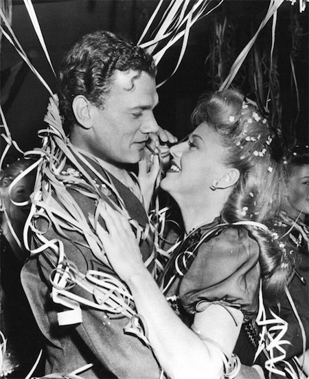 Joseph Cotten and Ginger Rogers in I'll Be Seeing You (1944)