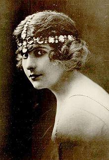 Pearl White c. 1915