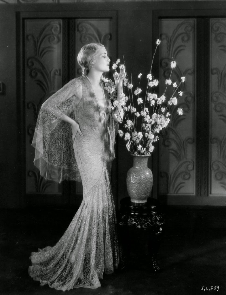 Jeanette Loff White Flowers