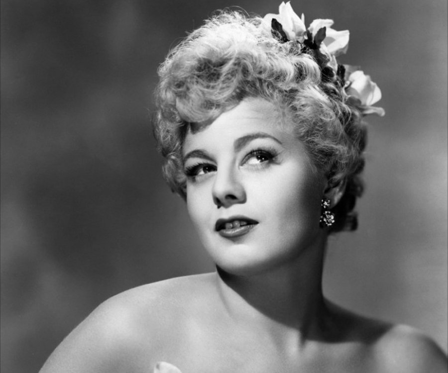 Shelley Winters Headshot