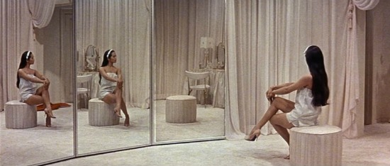 Flower Drum Song (1961) Nancy Kwan mirrors