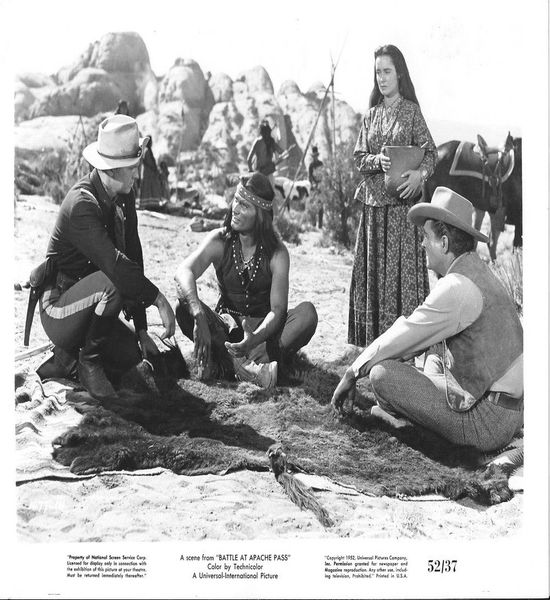 The Battle at Apache Pass (1952) John Lund, Jeff Chandler, Susan Cabot
