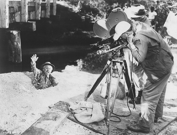 Clarence Brown films Porter Hall in the quicksand scene in Intruder in the Dust