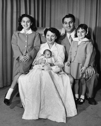 Danny and Rose Marie Thomas with their children, Tony, Marlo and Terre