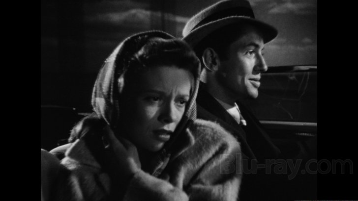 Cathy O'Donnell and Farley Granger in 'They Live by Night'