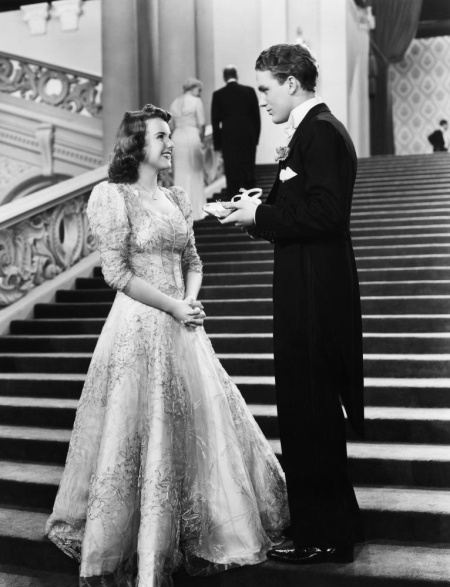 First Love (1939) Deanna Durbin and Robert Slack