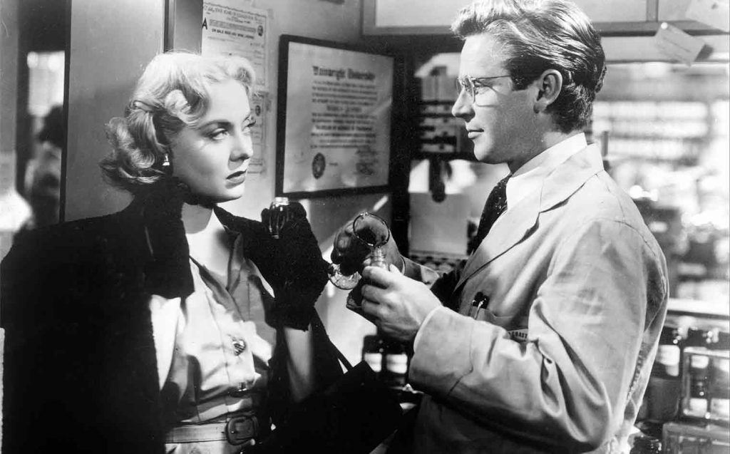 Audrey Totter and Richard Basehart in Tension (1949)