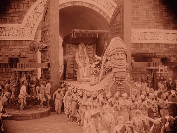 Intolerance (1916) Scene