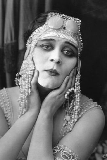 Theda Bara Dramatic Head dress