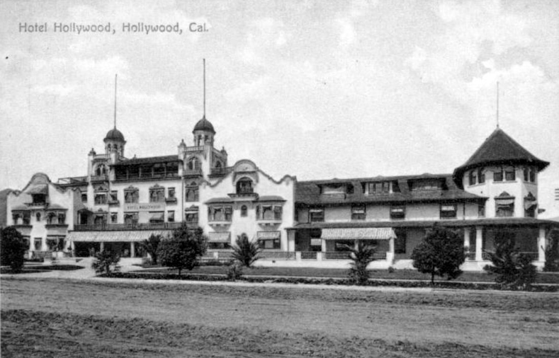 A 1905 postcard showing Prospect Avenue, Hollywood, California