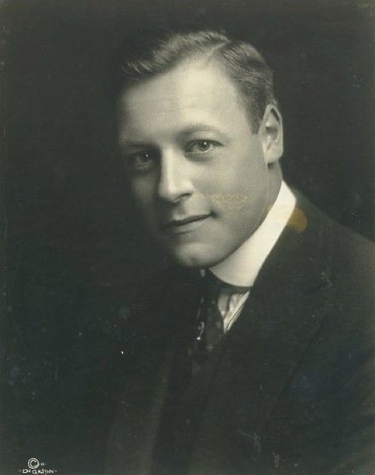 Harold Lockwood Headshot