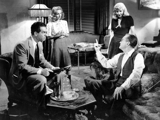 Tom Powers with Fred MacMurray, Jean Heather, and Barbara Stanwyck in Double Indemnity (1944)