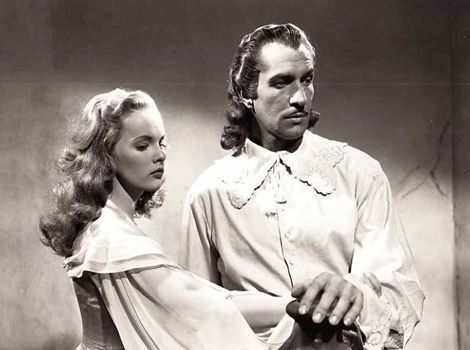 Peggy Cummins and Vincent Price in Forever Amber (1947)