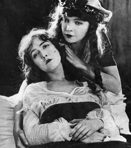 Lillian and Dorothy Gish in Orphans of the Storm (1921)