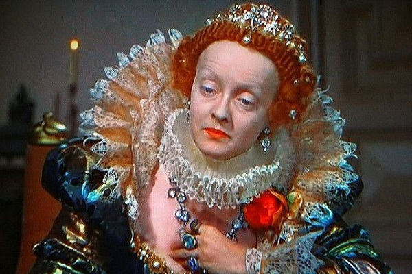 Bette Davis in The Private Lives of Elizabeth and Essex