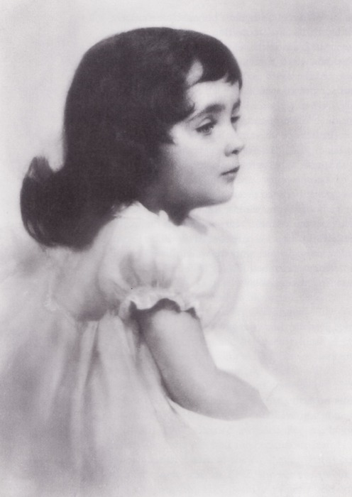 Elizabeth Taylor as a child, c. 1930s