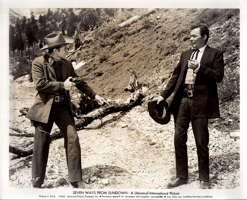 Audie Murphy & Barry Sullivan in Seven Ways Fron Sundown (1960)