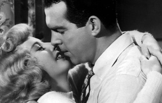 Barbara Stanwyck & Fred MacMurray in Double Indemnity (1944)