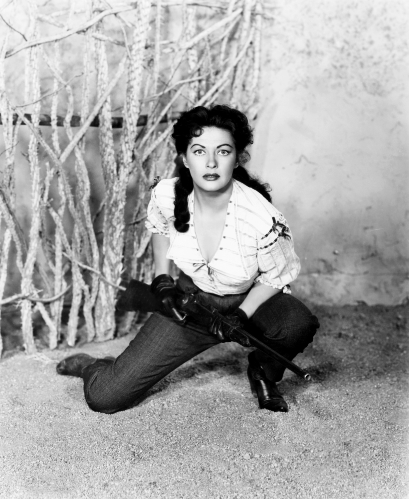 Yvonne De Carlo in Border River (1954)