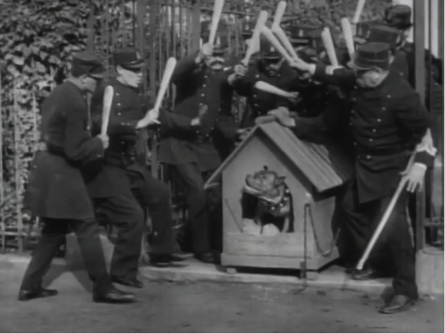 The Policemen's Little Run (1907)
