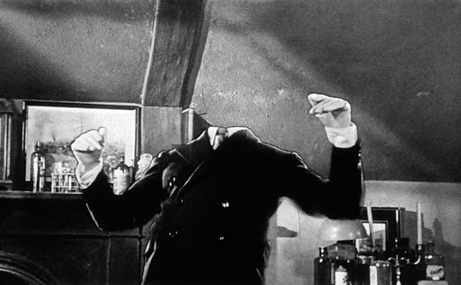 Claude Rains in The Invisible Man (1933) unwrapped