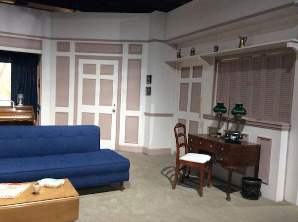 Ricardo's NY apartment - living room - the right side that connects to the kitchen.